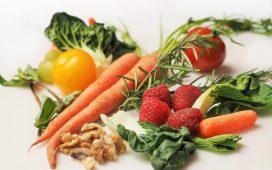أطعمة تعزز صحة العيون
